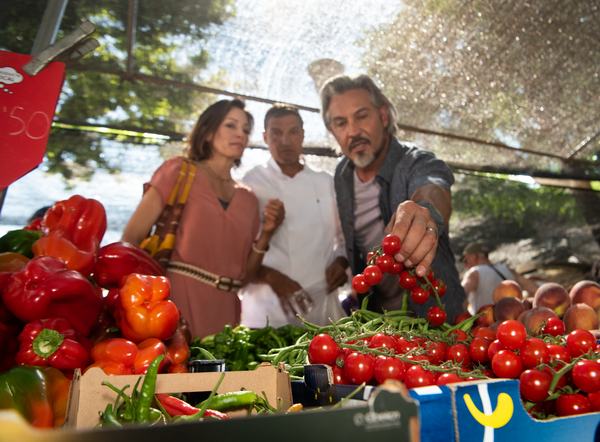 Windstar guests picking tomatoes in Mallorca