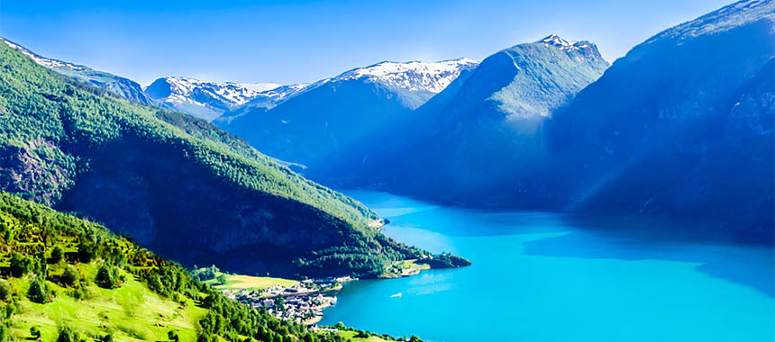 Star Collector: Fascinating Fjords & Breathtaking Britannia