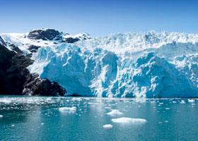 Scenic Cruising Hubbard Glacier