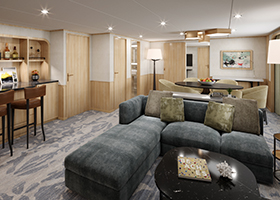 Grand Owner's Suite Midship